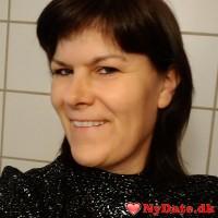 Jane44´s dating profil. Jane44 er 46 år og kommer fra Midtjylland - søger Mand. Opret en dating profil og kontakt Jane44
