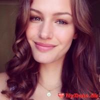 Amalie12´s dating profil. Amalie12 er 21 år og kommer fra København - søger Mand. Opret en dating profil og kontakt Amalie12