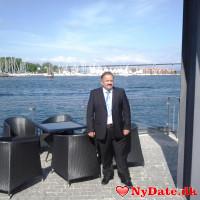 eugenbust´s dating profil. eugenbust er 51 år og kommer fra Nordsjælland - søger Kvinde. Opret en dating profil og kontakt eugenbust