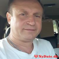 Kolja´s dating profil. Kolja er 50 år og kommer fra København - søger Kvinde. Opret en dating profil og kontakt Kolja