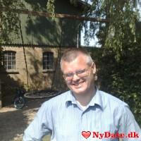 Tas125´s dating profil. Tas125 er 19 år og kommer fra København - søger Kvinde. Opret en dating profil og kontakt Tas125