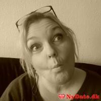 Pernille72´s dating profil. Pernille72 er 46 år og kommer fra Nordjylland - søger Mand. Opret en dating profil og kontakt Pernille72