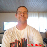 PGJ1976´s dating profil. PGJ1976 er 43 år og kommer fra Fyn - søger Kvinde. Opret en dating profil og kontakt PGJ1976