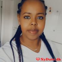 Ayaa´s dating profil. Ayaa er 30 år og kommer fra Nordjylland - søger Mand. Opret en dating profil og kontakt Ayaa