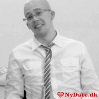 Denstribede87´s dating profil. Denstribede87 er 29 år og kommer fra Fyn - søger Kvinde. Opret en dating profil og kontakt Denstribede87