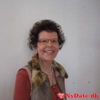 Hannah´s dating profil. Hannah er 61 år og kommer fra Midtjylland - søger Mand. Opret en dating profil og kontakt Hannah