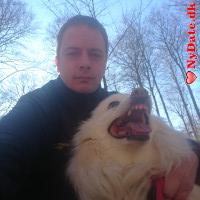Hubert´s dating profil. Hubert er 37 år og kommer fra Midtjylland - søger Kvinde. Opret en dating profil og kontakt Hubert