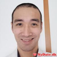 ChrisLee´s dating profil. ChrisLee er 37 år og kommer fra København - søger Kvinde. Opret en dating profil og kontakt ChrisLee