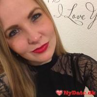 JulianeElisa´s dating profil. JulianeElisa er 31 år og kommer fra Lolland/Falster - søger Mand. Opret en dating profil og kontakt JulianeElisa