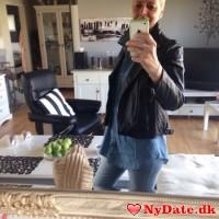 Tina051264´s dating profil. Tina051264 er 52 år og kommer fra Vestsjælland - søger Mand. Opret en dating profil og kontakt Tina051264