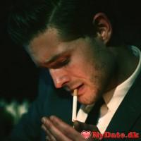 D_D88´s dating profil. D_D88 er 32 år og kommer fra København - søger Kvinde. Opret en dating profil og kontakt D_D88