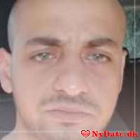 Khalid´s dating profil. Khalid er 32 år og kommer fra København - søger Kvinde. Opret en dating profil og kontakt Khalid