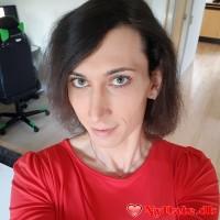 Celinaa´s dating profil. Celinaa er 34 år og kommer fra Østjylland - søger Mand. Opret en dating profil og kontakt Celinaa