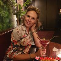 Majlove´s dating profil. Majlove er 50 år og kommer fra København - søger Mand. Opret en dating profil og kontakt Majlove