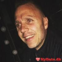 Flejs´s dating profil. Flejs er 47 år og kommer fra Storkøbenhavn - søger Kvinde. Opret en dating profil og kontakt Flejs