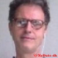 seniorsave´s dating profil. seniorsave er 64 år og kommer fra København - søger Kvinde. Opret en dating profil og kontakt seniorsave