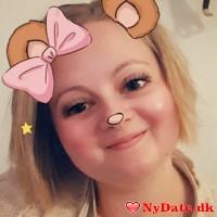CN1993´s dating profil. CN1993 er 25 år og kommer fra Midtjylland - søger Mand. Opret en dating profil og kontakt CN1993