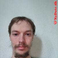 Gameunder´s dating profil. Gameunder er 29 år og kommer fra Fyn - søger Kvinde. Opret en dating profil og kontakt Gameunder