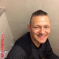 Bassefar´s dating profil. Bassefar er 46 år og kommer fra Østjylland - søger Kvinde. Opret en dating profil og kontakt Bassefar