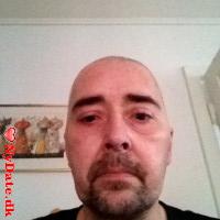 Chris0354´s dating profil. Chris0354 er 45 år og kommer fra Sønderjylland - søger Kvinde. Opret en dating profil og kontakt Chris0354