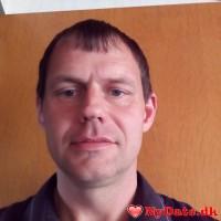 jens77´s dating profil. jens77 er 41 år og kommer fra Østjylland - søger Kvinde. Opret en dating profil og kontakt jens77