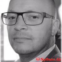 FormandFranke´s dating profil. FormandFranke er 45 år og kommer fra Østjylland - søger Kvinde. Opret en dating profil og kontakt FormandFranke