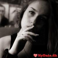 AnnaSeas´s dating profil. AnnaSeas er 25 år og kommer fra København - søger Mand. Opret en dating profil og kontakt AnnaSeas