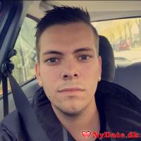 Mickey93´s dating profil. Mickey93 er 27 år og kommer fra Storkøbenhavn - søger Kvinde. Opret en dating profil og kontakt Mickey93