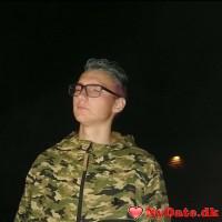 Lucas´s dating profil. Lucas er 19 år og kommer fra Lolland/Falster - søger Mand. Opret en dating profil og kontakt Lucas