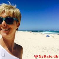 suzzy00´s dating profil. suzzy00 er 53 år og kommer fra København - søger Mand. Opret en dating profil og kontakt suzzy00