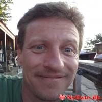 CaptBluetooth´s dating profil. CaptBluetooth er 48 år og kommer fra Midtjylland - søger Kvinde. Opret en dating profil og kontakt CaptBluetooth
