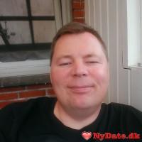 sofficer´s dating profil. sofficer er 46 år og kommer fra Vestjylland - søger Kvinde. Opret en dating profil og kontakt sofficer
