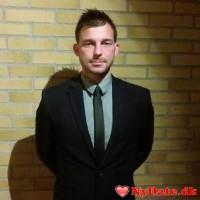 frunke´s dating profil. frunke er 31 år og kommer fra Odense - søger Kvinde. Opret en dating profil og kontakt frunke