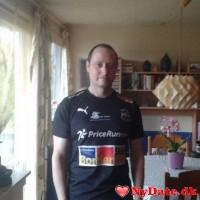 Tomtom79´s dating profil. Tomtom79 er 40 år og kommer fra Sydsjælland - søger Kvinde. Opret en dating profil og kontakt Tomtom79