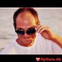 Vuple´s dating profil. Vuple er 45 år og kommer fra Vestsjælland - søger Kvinde. Opret en dating profil og kontakt Vuple