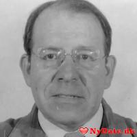 nielsnielsen´s dating profil. nielsnielsen er 78 år og kommer fra Vestjylland - søger Kvinde. Opret en dating profil og kontakt nielsnielsen