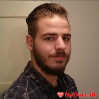 Mont3go´s dating profil. Mont3go er 31 år og kommer fra Vestjylland - søger Kvinde. Opret en dating profil og kontakt Mont3go