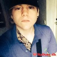 Hampus´s dating profil. Hampus er 23 år og kommer fra København - søger Kvinde. Opret en dating profil og kontakt Hampus