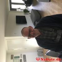 Efterlonner´s dating profil. Efterlonner er 64 år og kommer fra Østjylland - søger Kvinde. Opret en dating profil og kontakt Efterlonner