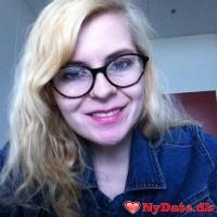 pigen_1998´s dating profil. pigen_1998 er 19 år og kommer fra Nordjylland - søger Mand. Opret en dating profil og kontakt pigen_1998