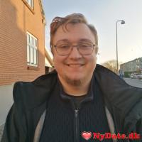 Hotcupid´s dating profil. Hotcupid er 26 år og kommer fra Fyn - søger Kvinde. Opret en dating profil og kontakt Hotcupid