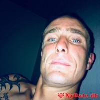 Daniel81´s dating profil. Daniel81 er 37 år og kommer fra Sønderjylland - søger Kvinde. Opret en dating profil og kontakt Daniel81