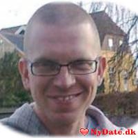 Smelf´s dating profil. Smelf er 42 år og kommer fra Nordsjælland - søger Kvinde. Opret en dating profil og kontakt Smelf
