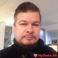 Diablo27´s dating profil. Diablo27 er 47 år og kommer fra Lolland/Falster - søger Kvinde. Opret en dating profil og kontakt Diablo27