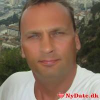 thom3000´s dating profil. thom3000 er 50 år og kommer fra Nordsjælland - søger Kvinde. Opret en dating profil og kontakt thom3000