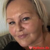Majbritt´s dating profil. Majbritt er 52 år og kommer fra Midtjylland - søger Kvinde. Opret en dating profil og kontakt Majbritt