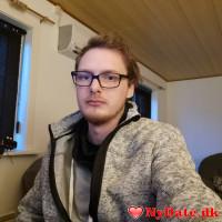 ensomcarl´s dating profil. ensomcarl er 32 år og kommer fra Sønderjylland - søger Kvinde. Opret en dating profil og kontakt ensomcarl
