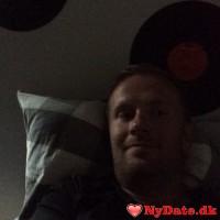 Bv1988´s dating profil. Bv1988 er 31 år og kommer fra Østjylland - søger Kvinde. Opret en dating profil og kontakt Bv1988