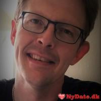 densmarte´s dating profil. densmarte er 46 år og kommer fra Midtjylland - søger Kvinde. Opret en dating profil og kontakt densmarte