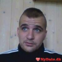 nihk´s dating profil. nihk er 30 år og kommer fra København - søger Kvinde. Opret en dating profil og kontakt nihk